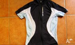 Netti Ladies Jersey (Size 8) in excellent condition.