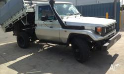 '1998 6cyl DIESEL 4x4 with 4 tonne RAM. Long Range twin