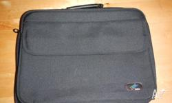 Messsenger laptop bag, fits up to 15 inches laptop.