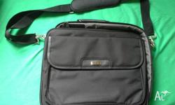 Targus Black Leather Laptop / Notebook Carry Case Bag