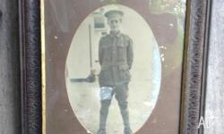 LARGE FRAMED PHOTO OF AUSTRALIAN WW1 UNKNOWN SOLDIER