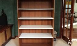This is a solide large shelf on castor. High 150cm