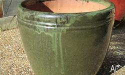 New large terracotta dark green glazed pot, to big for