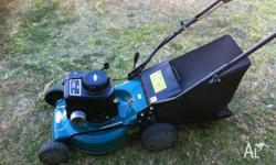 Lawn mower machine in excellent condition for sale $110