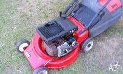 LAWN MOWER VICTA 2 stroke with catcher new blades [ has