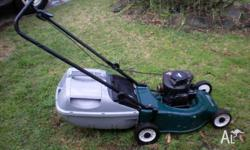 lawnmower 4 stroke briggs and stratton motor goes well