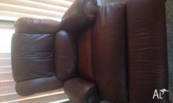 5 seater tan leather lounge in excellent condition.