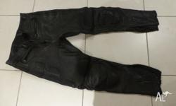 Made by MCA good condition, undamaged, size 36/34