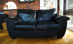 Leather sofa 2.5 seater. Black leather in very good