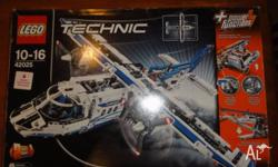 Lego 42025 Technic Cargo Plane- only ever built once