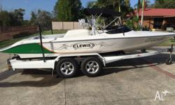 Lewis Moomba Ski boat as new only 39hrs suit new buyer