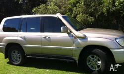 Lexus LX 470 2000, is in excellent condition, very