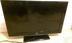 Tv is in great working condition. Supports full HD