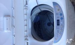 5 kilo washing machine in good working order. Machine