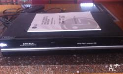LG RC299 Dvd player and VHS player/recorder, excellent