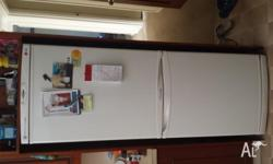 perfect condition LG fridge, bought brand new and due
