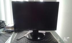 50 firm Lcd 20inch computer screen Used Works great Has