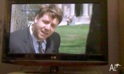 LG 36 inch plasma TV in excellent condition with LG DVD