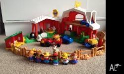 Complete farm set in perfect condition. Includes