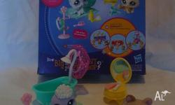 Littlest Pet Shop. Squeaky Clean Pets. The set includes