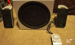 These are used Logitech Z2300 2.1 Speakers which