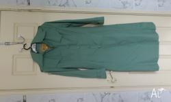 LADIES LONG RAINJACKET Size:12 To Fit Bust:85cm