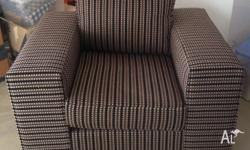 Large single as new lounge chair, approx 1 metre