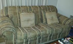Lounge Suite for sale 1 x 3 seater and 1 x 2.5 seater
