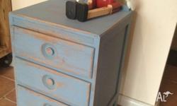Beautiful Retro Vintrage Shabby Chic 1940's Bedside