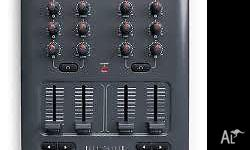 M-Audio X-Session Pro USB DJ MIDI controller Features 4