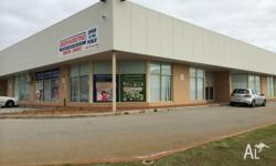 Aprox. 200m2 of combined Warehouse and Office space in