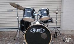 BLACK MAPEX Complete set of drums, ,bass ,snare and