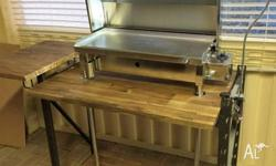 BRAND NEW MARINE BBQ ,240VOLT LARGE SIZE ,ON CUSTOM