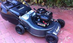 Masport Morrison 460 lawn mower with genuine Briggs &