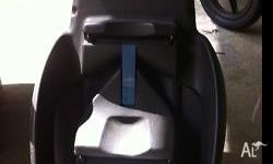 Maxi cosi car seat and click in car piece (isofix