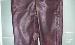 I am selling this men?s genuine leather pants. It is