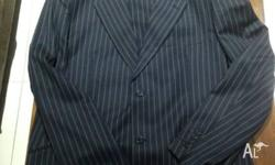 URGENT SALE !!!! Mens dark blue Pin striped suit - 44 L