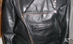 Good condition mens leather jacket, older style, well