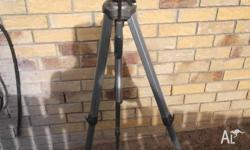 Miida Tripod Solid construction / Silver and grey in