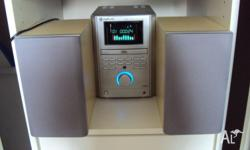 This mini dvd player�stereo system has been kept in