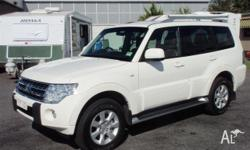 MITSUBISHI,PAJERO,2010, White, Grey trim, WAGON,