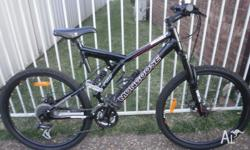 Mongoose wingelite pro down hill with disc brakes