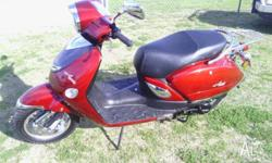 Aquillo moped 50cc in excellent condition still has new