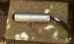 2001 YZ125 muffler good cond may fit other years