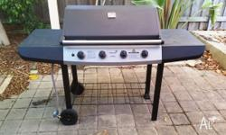 Neat, tidy, bbq that is very light weight in comparison