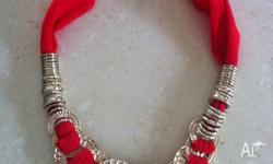 Beautiful red and gold necklace from Lovisa. Never