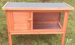 YOU ARE LOOKING AT ONE STORY RABBIT HUTCH WITH TRAY