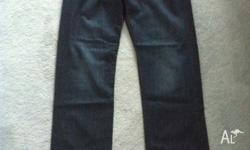 New men's Jeff Banks Jeans size 34.