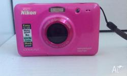 Nikon Coolpix S30 Waterproof Camera (PINK). Only used