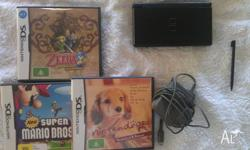 Selling Nintendo DS Lite with 3 games Zelda - The
